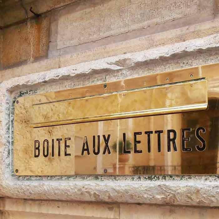 Briefkastenschild gravieren St. Gallen | Lebrument GmbH